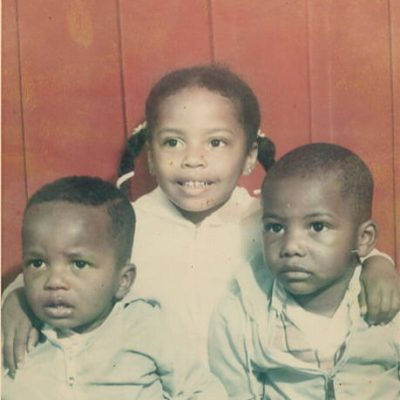 Kawania with Brothers
